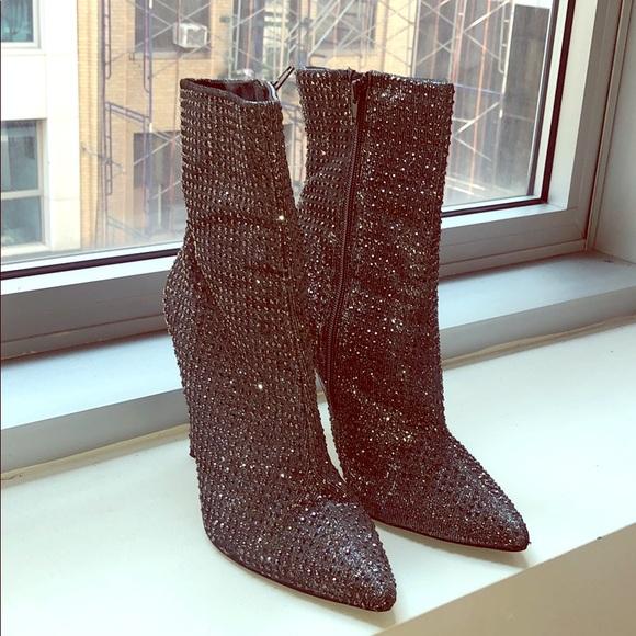 triple dedo Prematuro  Steve Madden Shoes | Steve Madden Wifey Rhinestone Boots | Poshmark